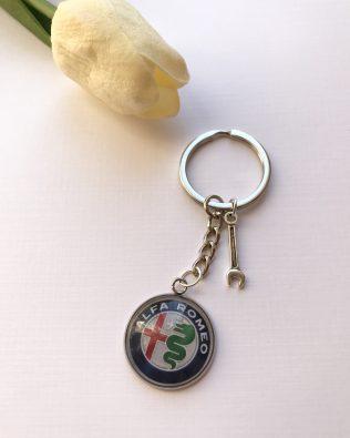 Alfa Romeo logós kulcstartó